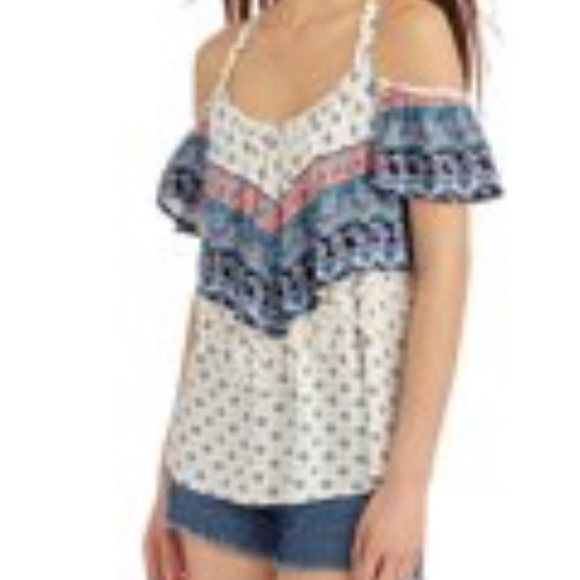 a321b61b1f8a8 Blue and white off the shoulder top